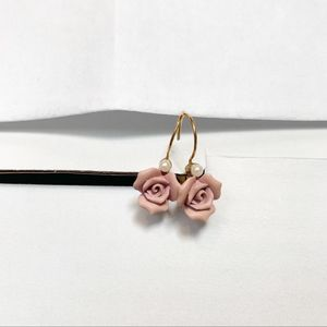 Lacy afternoon vintage rose earrings